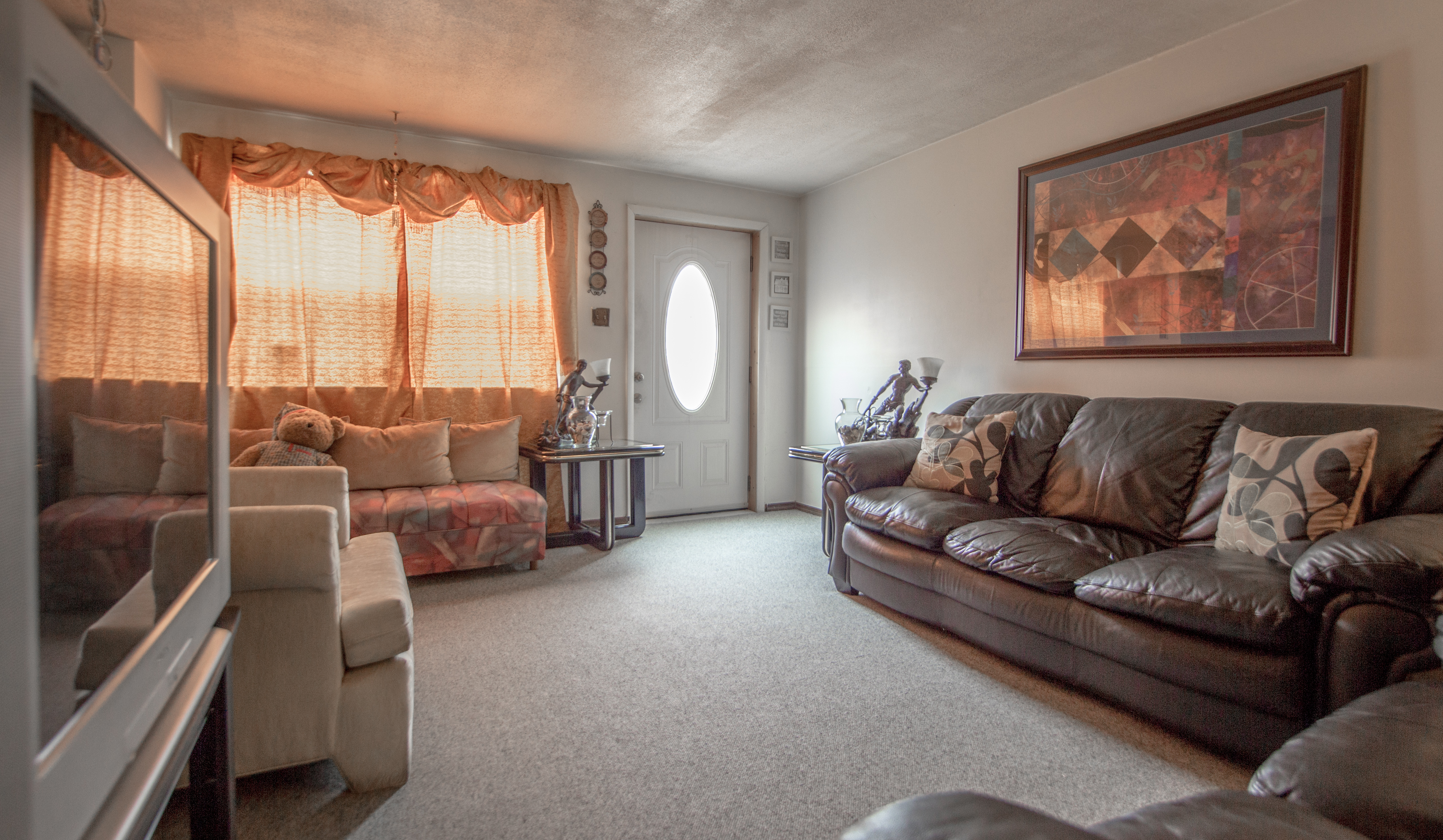 Spectacular Affordable Mini House Design: Spectacular & Affordable Townhouse In Elsmere!